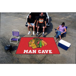 Fanmats Machine-made Chicago Blackhawks Red Nylon Man Cave Ulti-Mat (5' x 8')