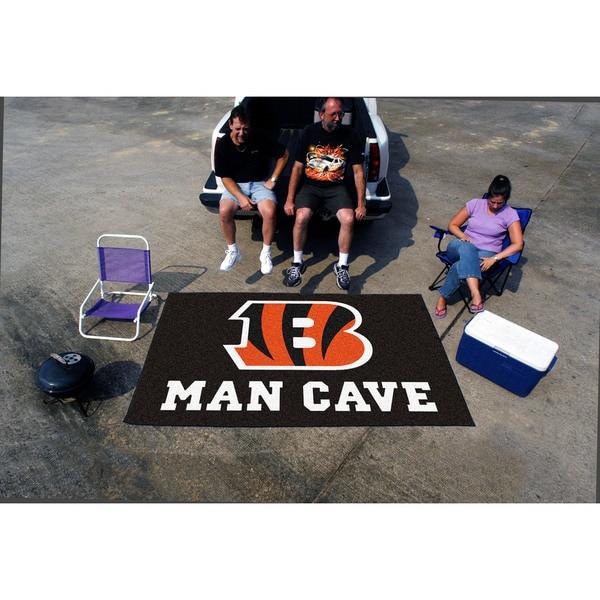 Fanmats Machine-made Cincinnati Bengals Black Nylon Man Cave Ulti-Mat (5' x 8')