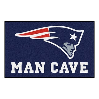 Fanmats Machine-made New England Patriots Blue Nylon Man Cave Ulti-Mat (5' x 8')