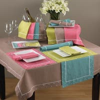 Embroidered Dot Border Placemat (Set of 4)