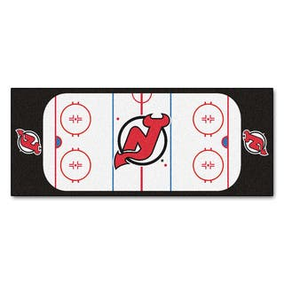 Fanmats Machine-made New Jersey Devils White Nylon Rink Runner (2'5 x 6')|https://ak1.ostkcdn.com/images/products/10119393/P17258172.jpg?impolicy=medium