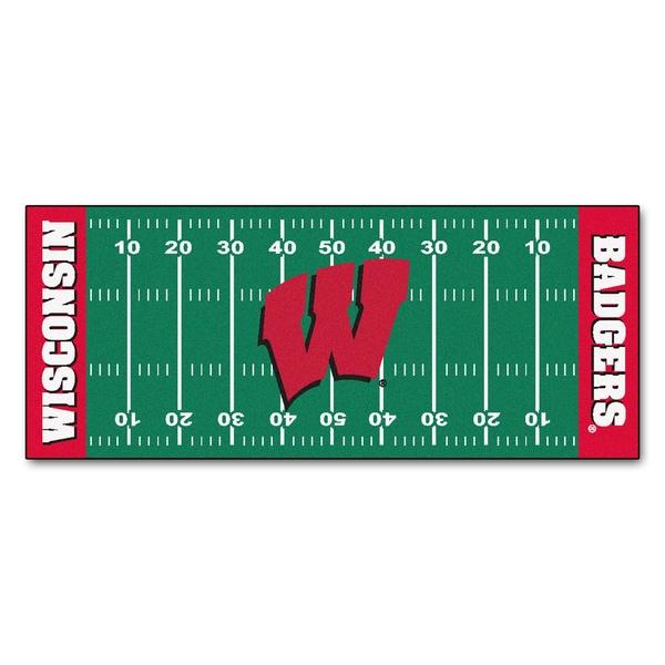 Fanmats Machine-made University of Wisconsin Green Nylon Football Field Runner (2'5 x 6')