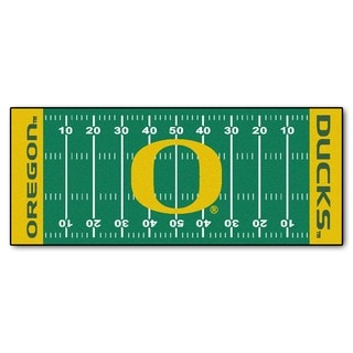 Fanmats Machine-made University of Oregon Green Nylon Football Field Runner (2'5 x 6')