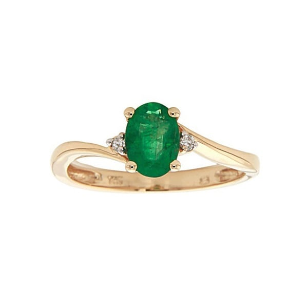 Anika and August 14k Yellow Gold Oval-cut Emerald Diamond Accent Ring (Size 7)