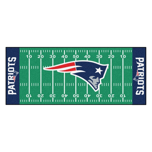 Fanmats Machine-made New England Patriots Green Nylon Football Field Runner (2'5 x 6')