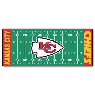 Fanmats Machine-made Kansas City Chiefs Green Nylon Football Field Runner (2'5 x 6')