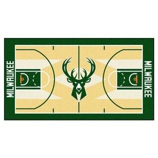 Fanmats Machine-made Milwaukee Bucks Tan Nylon Large Court Runner (2'4 x 4'5)