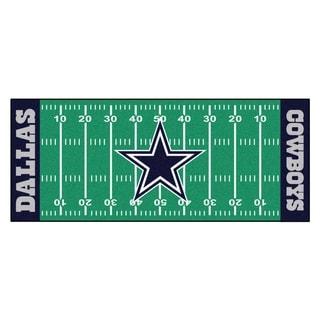 Fanmats Machine-made Dallas Cowboys Green Nylon Football Field Runner (2'5 x 6')