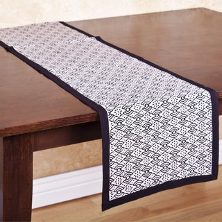 Diamond Patterned Handmade Table Runner (India)