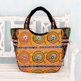 Handmade Cotton 'Colors of Gujarat' Shoulder Bag (India)