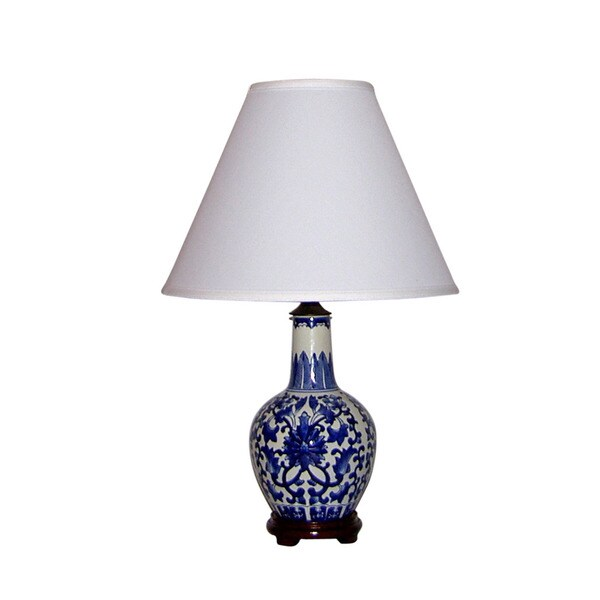 Crown Lighting Traditional 1-light Blue and White Traditional Birds and Flowers Plum Shaped Table Lamp
