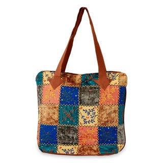 Handmade Cotton Blend 'Fantasy Garden' Tote Handbag (India)