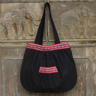 Handmade Cotton 'Lisu Dance' Shoulder Bag (Thailand)