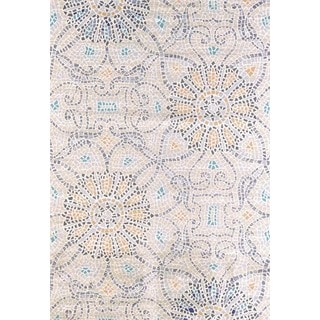 "Tranquility Sea Mosaic Area Rug (5'3"" x 7'2"")"