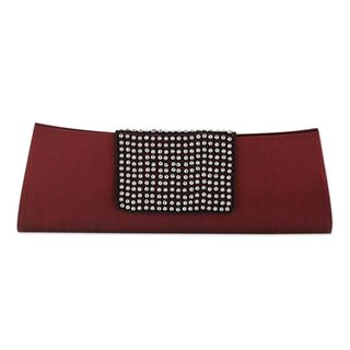 Handmade Beaded 'Ruby Allure' Clutch Handbag (India)