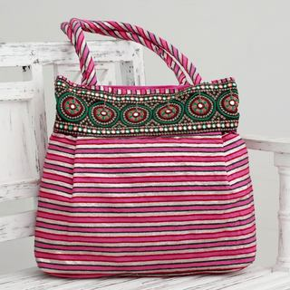 Handmade Embellished 'Pink Gujarat Legacy' Shoulder Bag (India)