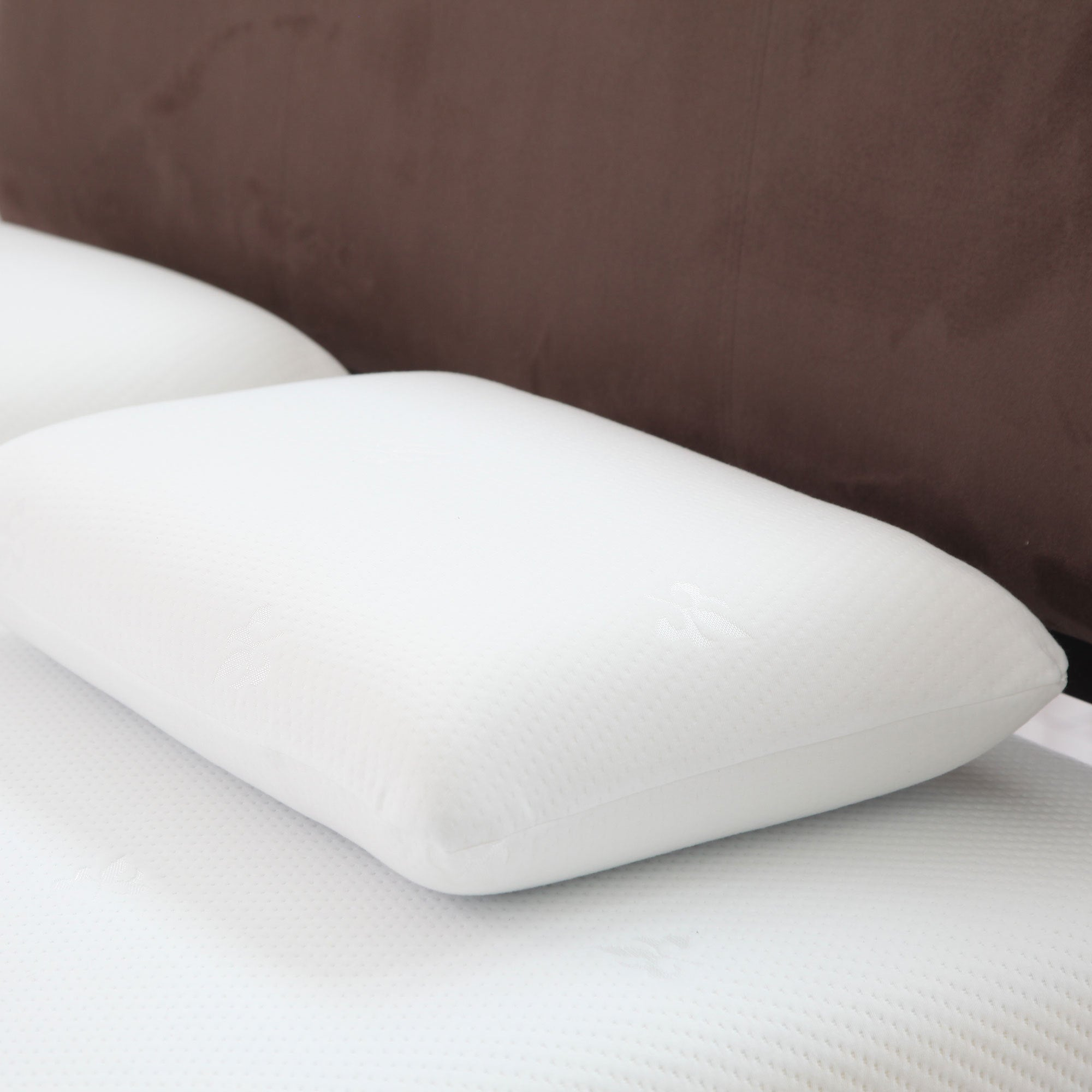 Trademark Windsor Home Comfort Gel Memory Foam Pillow wit...