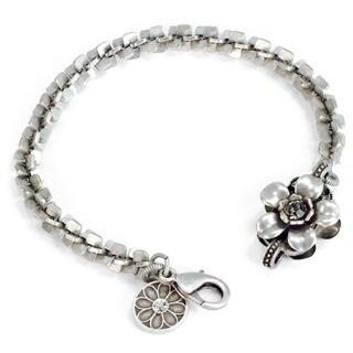 Sweet Romance Silver Flower Link Bracelet
