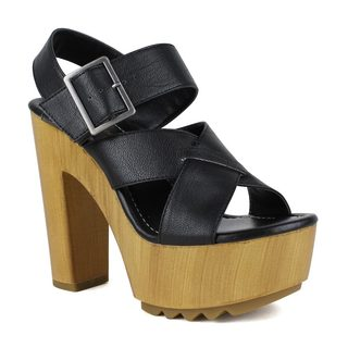 Mark and Maddux Women's Benjamin-08 Chunky Heel Lug Sole Platform Sandal