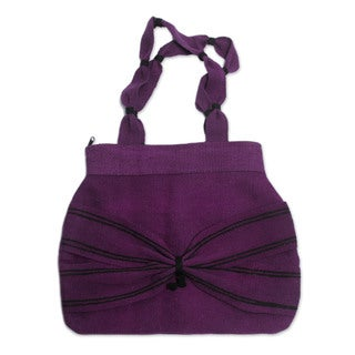 Handcrafted Wool 'Puno Plum' Shoulder Bag (Peru)