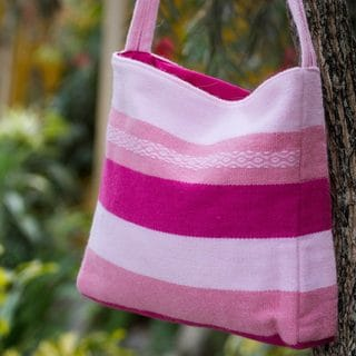 Handcrafted Alpaca 'Marshmallow Pink' Shoulder Bag (Peru)