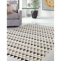 Summit Ivory Area Rug by Greyson Living - 5'3 x 7'6