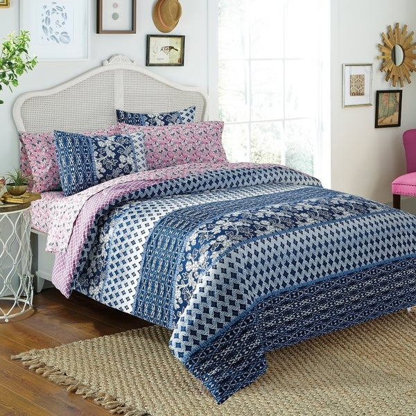 Indigo Floral 7-piece Bed in a Bag with Sheet Set