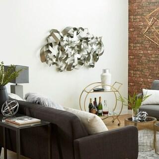 Majestically Designed Metal Wall Decor