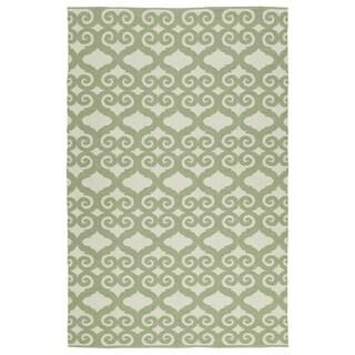 Indoor/Outdoor Laguna Ivory and Green Scroll Flat-Weave Rug (5' x 7'6)