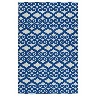 Indoor/Outdoor Laguna Ivory and Navy Scroll Flat-Weave Rug (2'0 x 3'0)