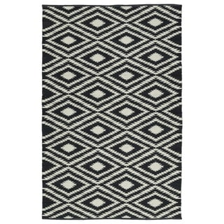 Indoor/Outdoor Laguna Black and Ivory Ikat Flat-Weave Rug (3' x 5')