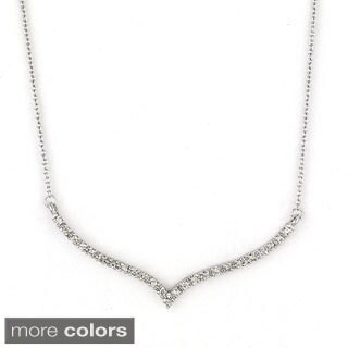 Diamonds for a Cure 14k Gold 1/8 TDW Diamond Chevron Bar Necklace (H-I, I1-I2)