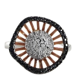 Luxiro Tri-color Sterling Silver Pave Cubic Zirconia Circle Right Hand Ring