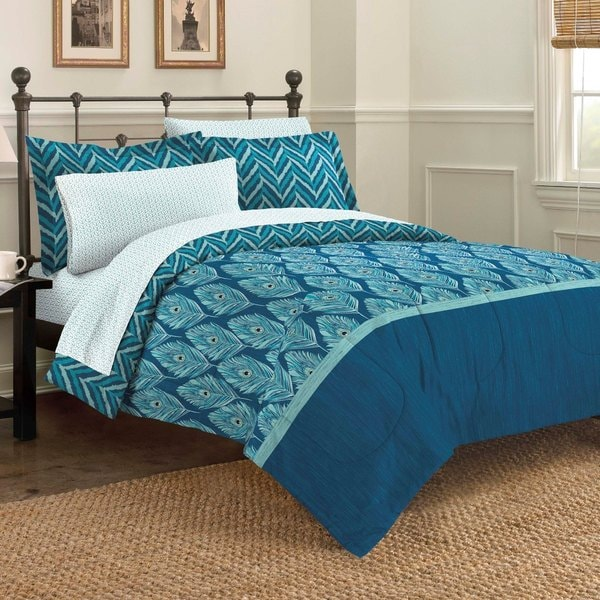 Elegant Peacock 7-piece Bed in a Bag with Sheet Set