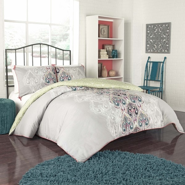 Vue Suvi Brocade Reversible 3 Piece Duvet Set Free
