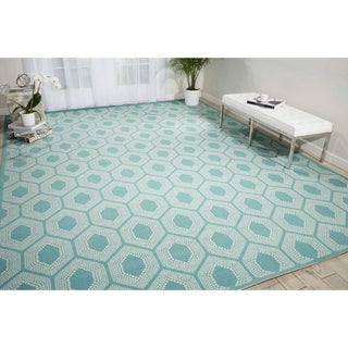 Waverly Sun N' Shade Bubbly Surf Indoor/ Outdoor Rug by Nourison (7'9 x 10'10)