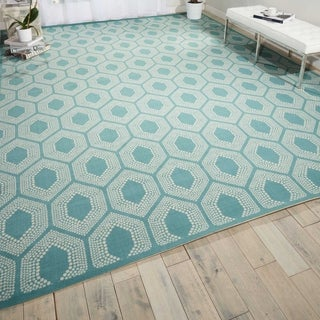 Waverly Sun N' Shade Bubbly Surf Indoor/ Outdoor Rug by Nourison (5'3 x 7'5)