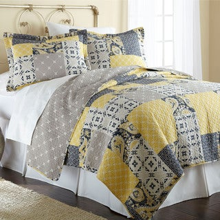 Amrapur Overseas Aalia 100-percent Cotton 3-piece Reversible Quilt Set