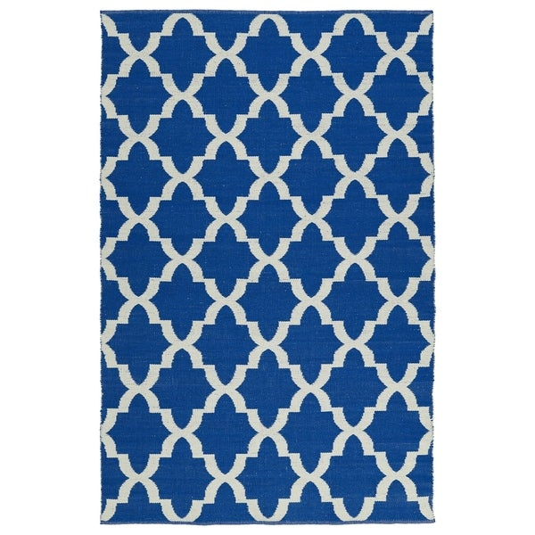 Indoor/Outdoor Laguna Navy and Ivory Trellis Flat-Weave Rug - 8' x 10'
