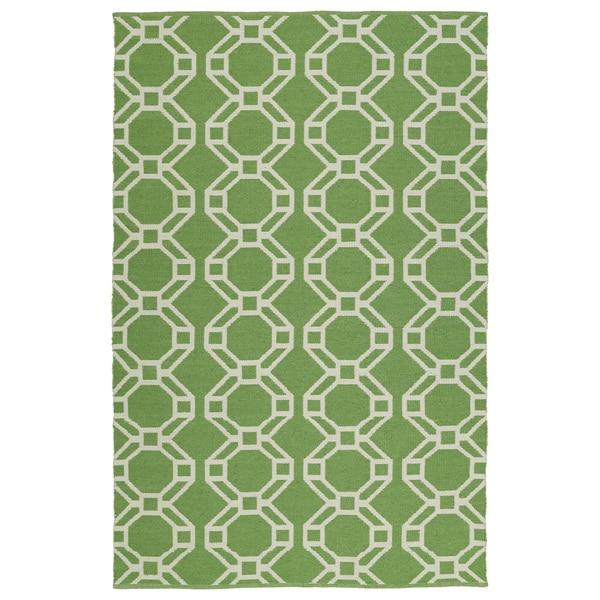 """Indoor/Outdoor Laguna Lime and Ivory Geo Flat-Weave Rug (5'0 x 7'6) - 5' x 7'6"""""""