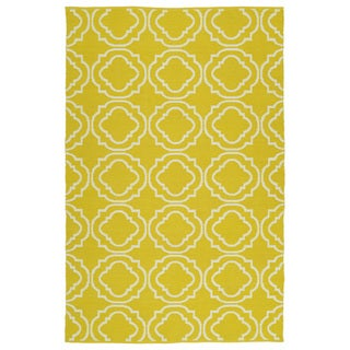 Indoor/Outdoor Laguna Yellow and Ivory Geo Flat-Weave Rug (5'0 x 7'6) - 5' x 7'6""