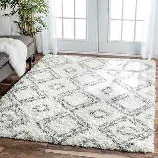 nuLOOM Alexa My Soft and Plush Moroccan Trellis White/ Grey Easy Shag Rug (9'2 x 12')
