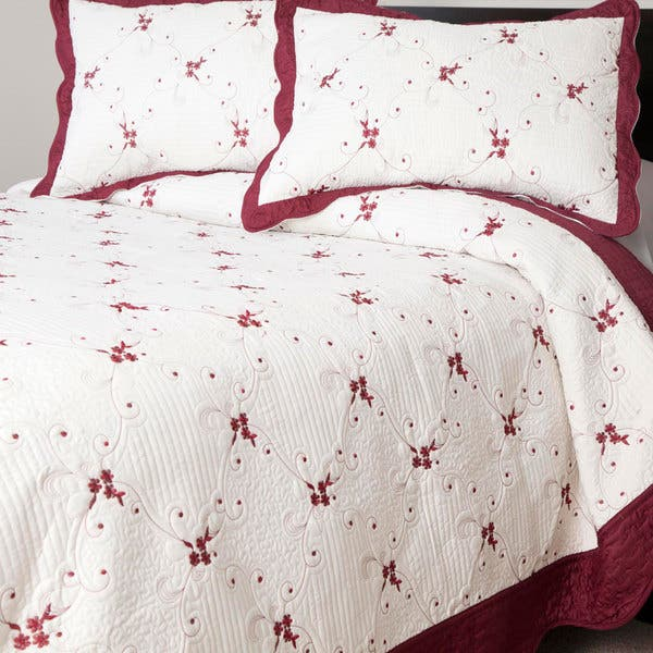 Windsor Home Burgundy Thelma Embroidered 3 Piece Quilt Set Overstock 10181960
