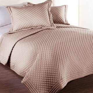 Silver Orchid Hayworth Microfber Water and Stain Resistant Diamond Quilt