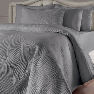 Brielle Stream 3 Piece Quilt Set