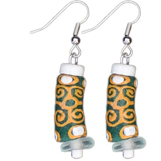 Global Mamas Adinkra Strength Earrings in Green (Ghana)