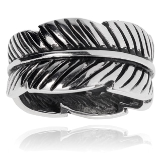 Journee Collection Sterling Silver Leaf Ring (10MM)