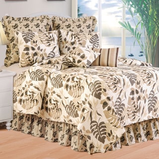 Silhouette Coastal Oversized Cotton Quilt (Shams Not Included)