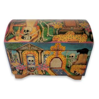 Handcrafted Pinewood 'Day of the Dead' Decoupage Chest (Mexico)
