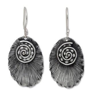Handmade Sterling Silver 'Lanna Glamour' Earrings (Thailand)